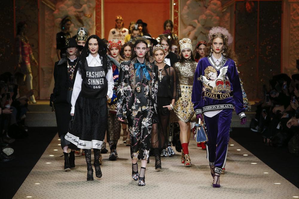 Dolce&Gabbana_Women's fashion show FW18-19.jpg