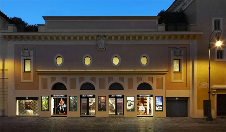 The Louis Vuitton Flagshipstore in piazza San Lorenzo in Lucina