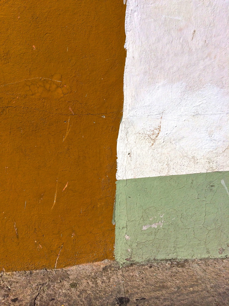 Morandi-colors on the side of a building…