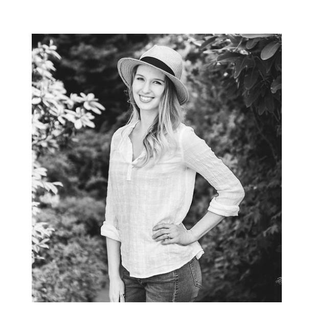 meet the photographer - Hi, I'm Annemarie!I'm a natural light photographer specializing in the Greater Seattle Area.  If you're interested in having me take your pictures, send me a message and I would love to meet you!