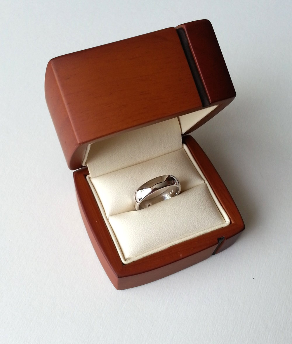 14K gold ring 20th anniversary.jpg