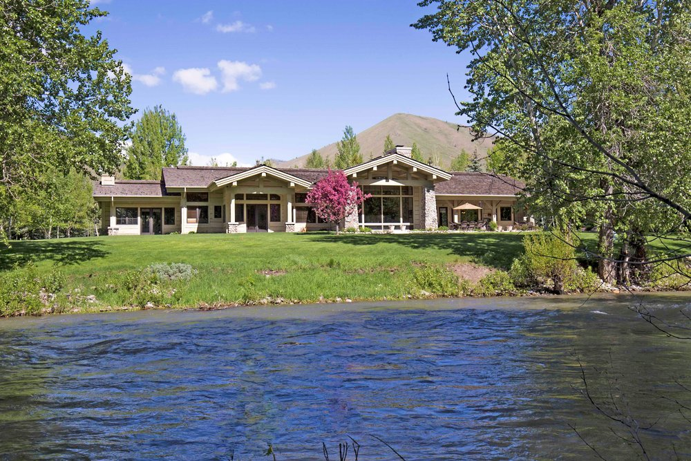 140 S Golden Eagle - Click here to view this beautiful property