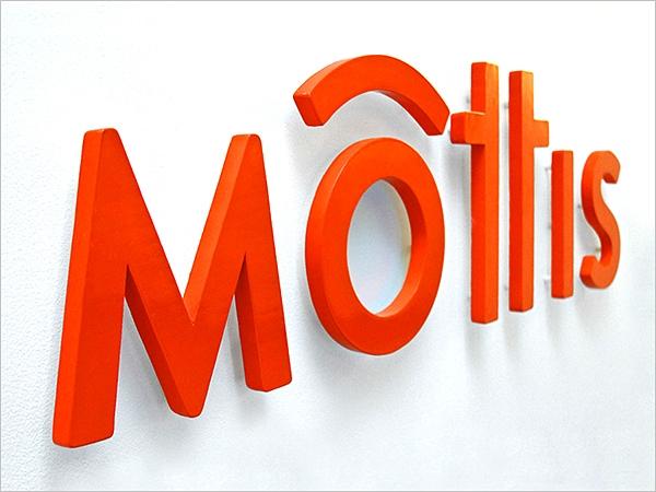 Mottis_3_page_600x450.jpg
