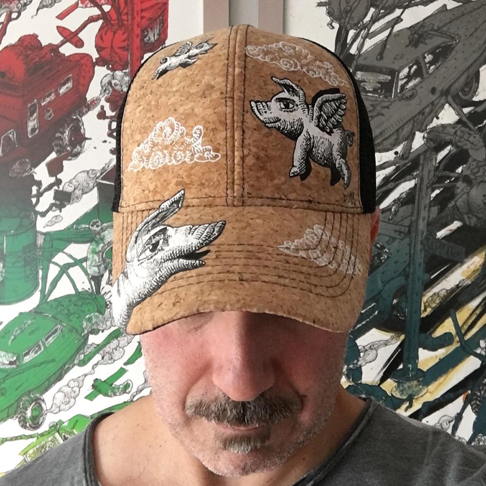 Gorra de corcho intervenida