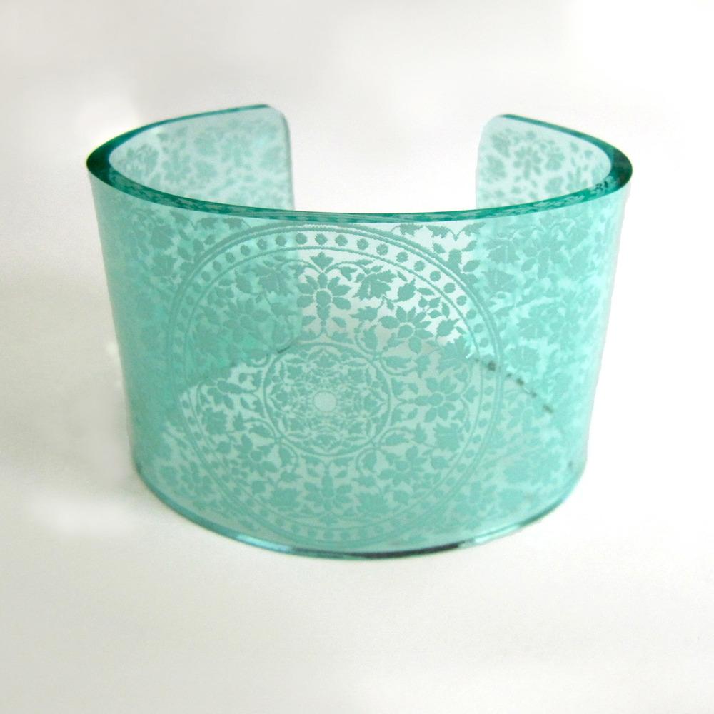 0125-FloralMandala-GlassGreen.jpg