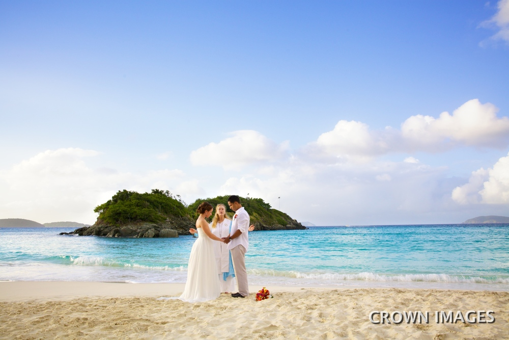 st john wedding on trunk beach IMG_0442.jpg