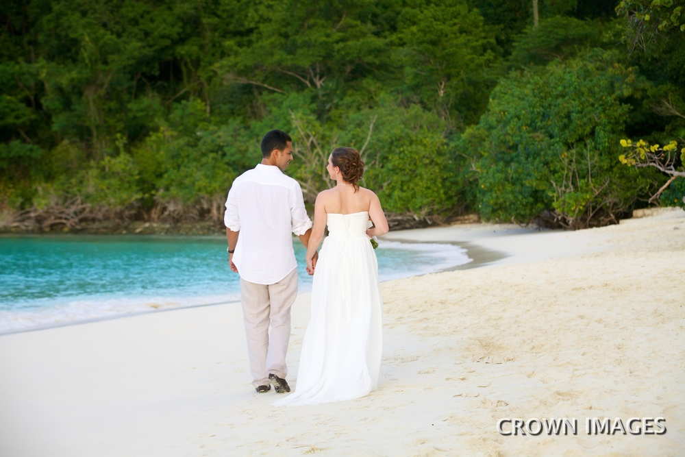 st john wedding on trunk beach IMG_6410.jpg