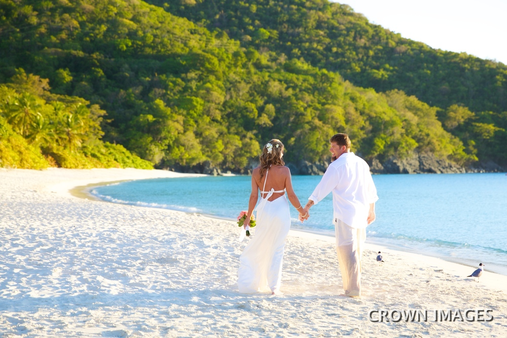 beach wedding photos on st john