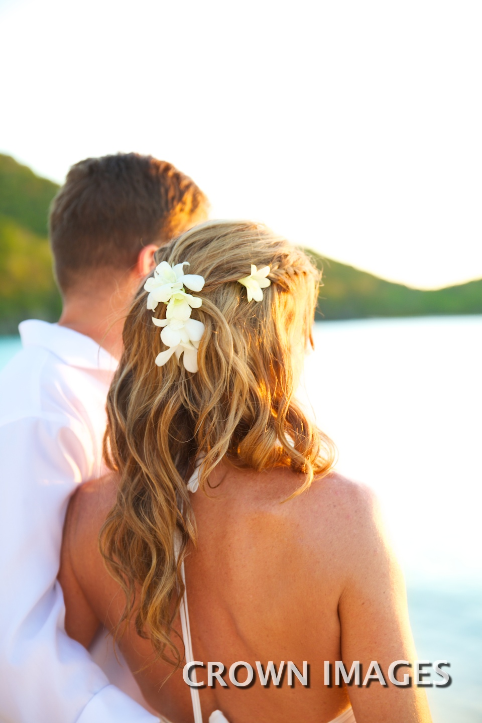 wedding hairstyles for the beach