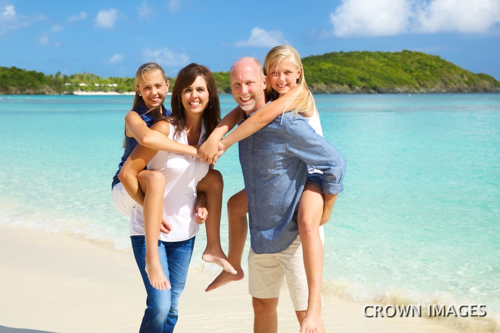 family beach photos on st thomas