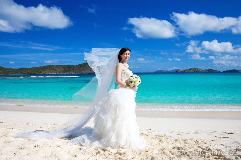 beach wedding photos on st thomas by crown images