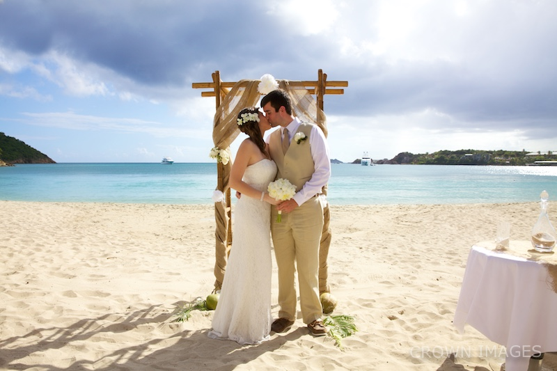wedding photographer on st thomas