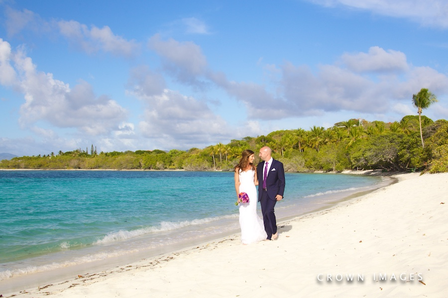 beach wedding photos on st thomas