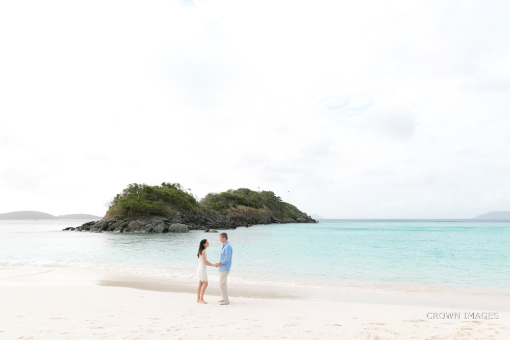 engagement_photos_virgin_islands_crown_images_0621.jpg