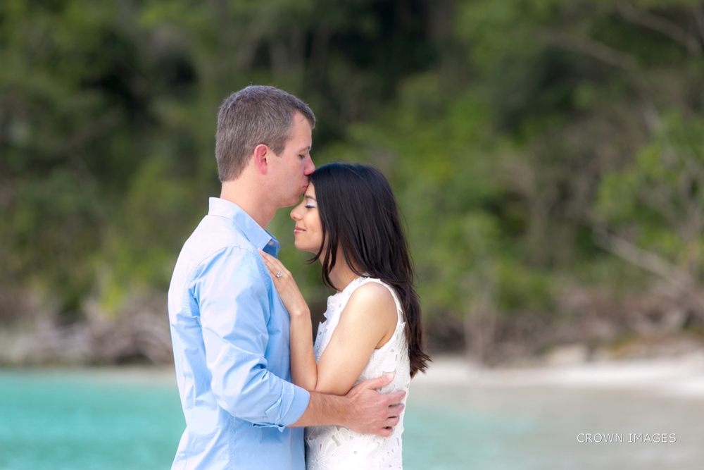 engagement_photos_virgin_islands_crown_images_0624.jpg