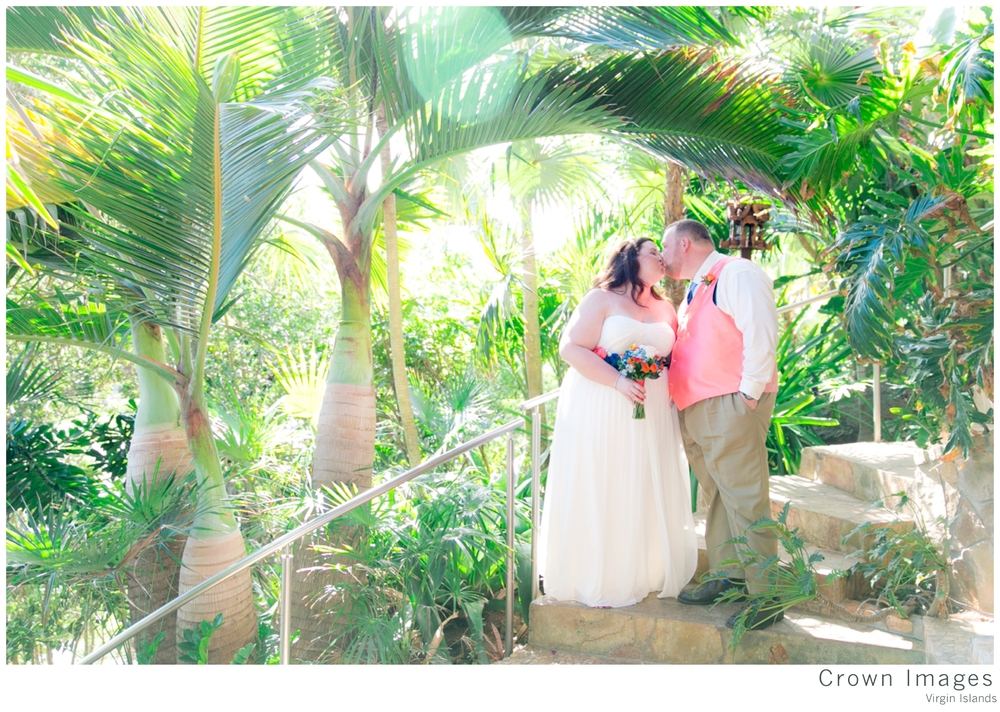 st_thomas_wedding_photographer_crown_images_0785.jpg