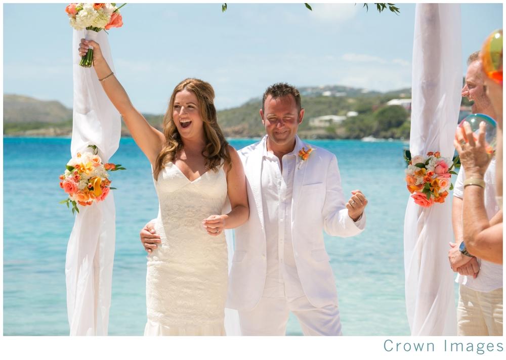 wedding-photos-st-thomas-secret-harbour-beach_1056.jpg