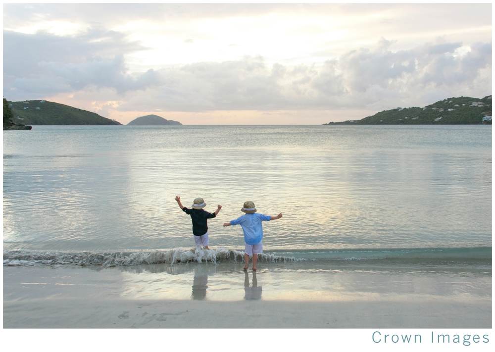 st thomas family photos on the beach_1324.jpg