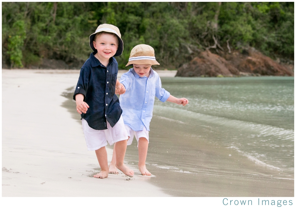 st thomas family photos on the beach_1330.jpg