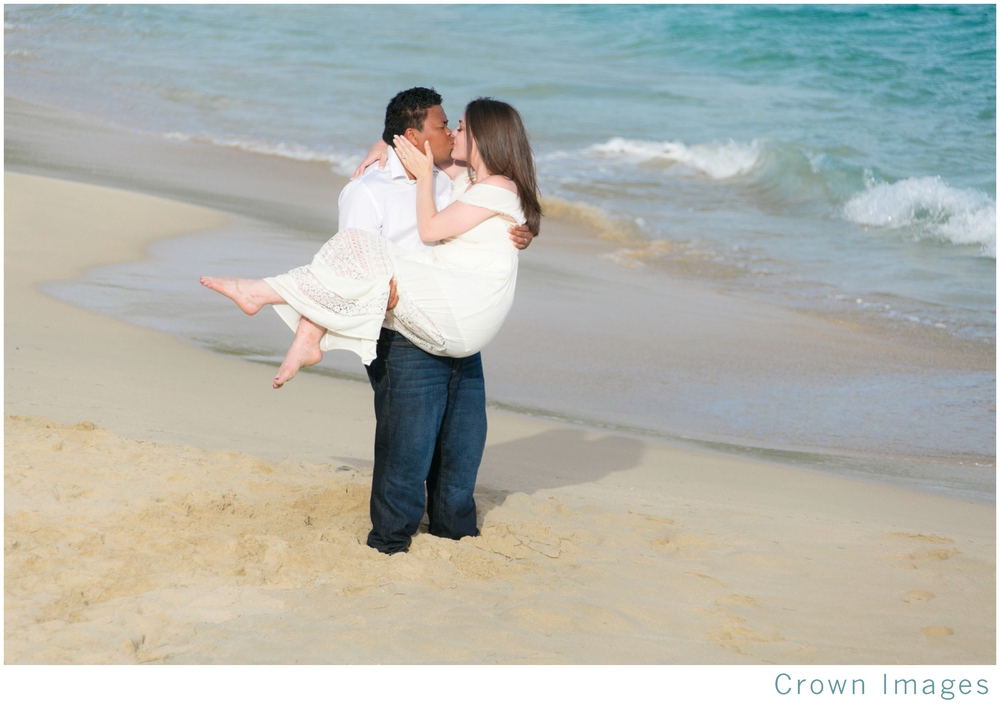 honeymoon couple portraits on st thomas_1524.jpg