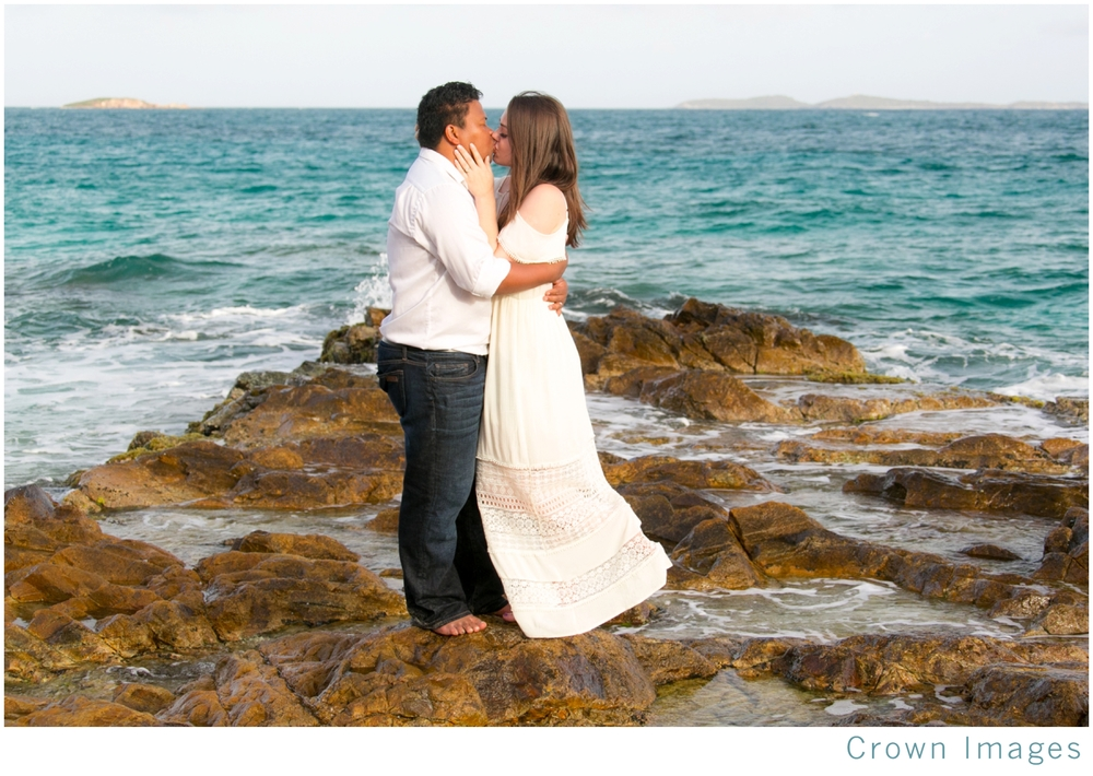 honeymoon couple portraits on st thomas_1525.jpg