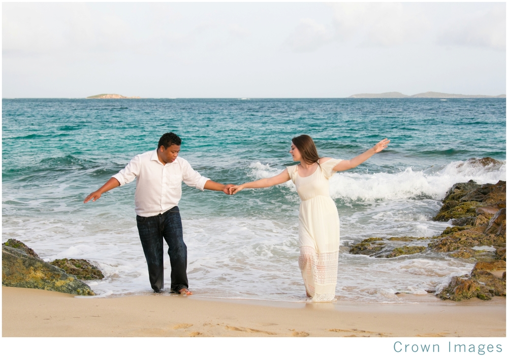 honeymoon couple portraits on st thomas_1528.jpg