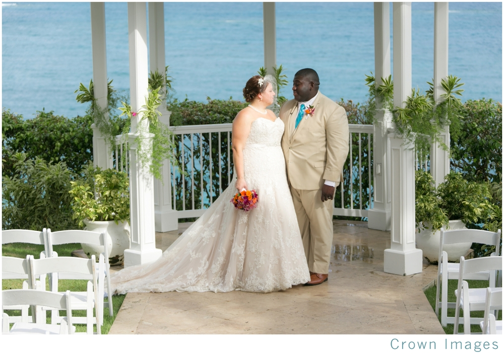 frenchmans reef wedding photos at gazebo st thomas