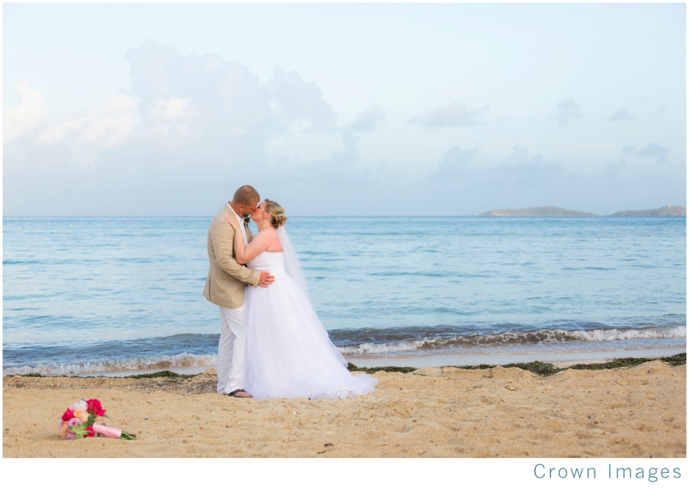 beach-wedding-st-thomas-bolongo-resort_1851.jpg