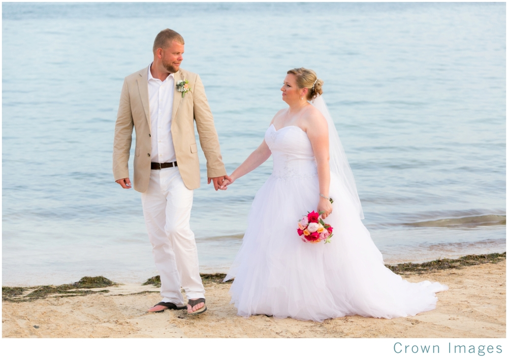 beach-wedding-st-thomas-bolongo-resort_1855.jpg