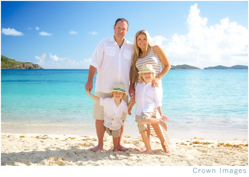 st-thomas-family-photos-by-crown-images_2221.jpg