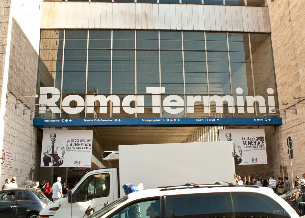 Helvetica at Rome train station.jpg