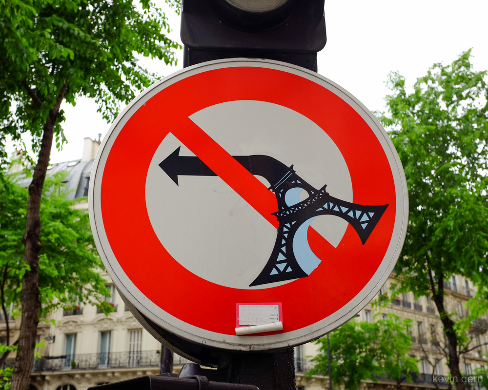 Paris - Eiffel Tower Sign.jpg