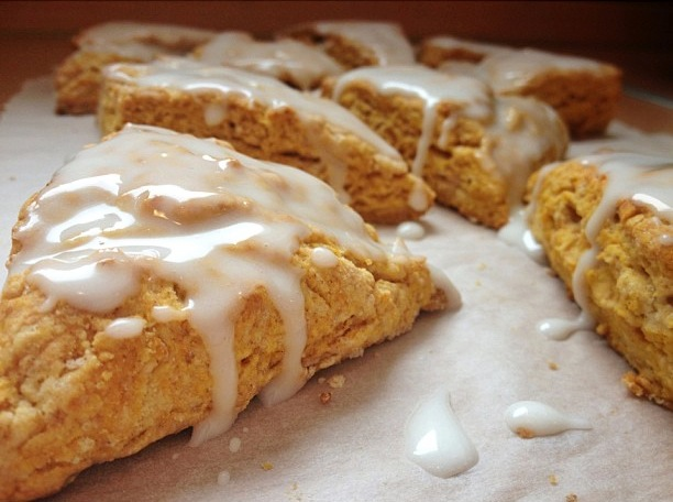 LINKS I LOVED: PUMPKIN SCONES