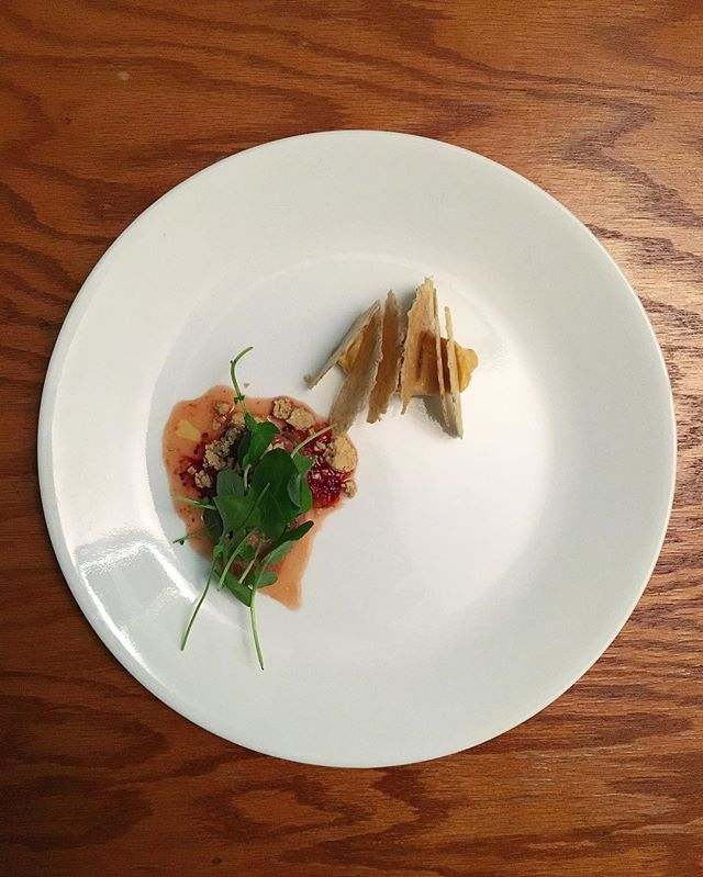 Veal Tartare / Citrus Mostarda / @seedandmill Pistachio Halva / Cress. Served with Vietnamese Cinnamon Butter and Rosemary Wafers alongside some Burgundy.  #ladychef #theartofplating #chefsofinstagram #gastroart