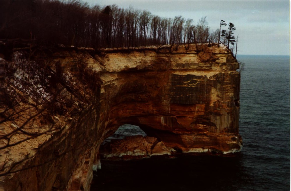 Figure 4: The low arch after its 1999 collapse Photo courtesy of Mike Croak