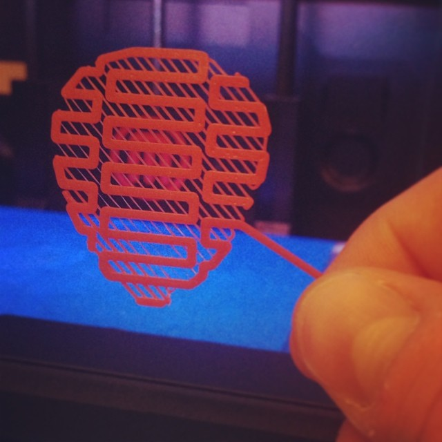 Guitar pick platform fail...but looks kinda cool. #splin3 #3dprinting #pla