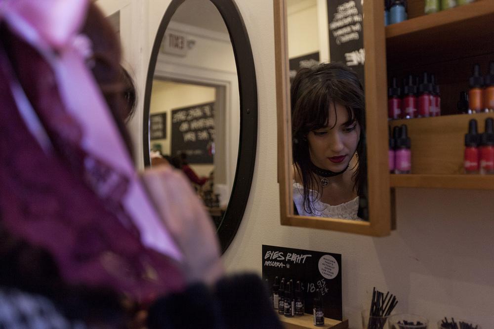 Ivy-Maiorino-Lolita-7.jpg