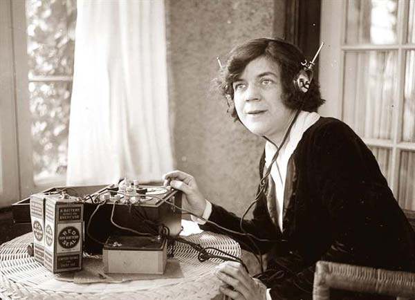 How reporters imagine PR people looking on press calls?