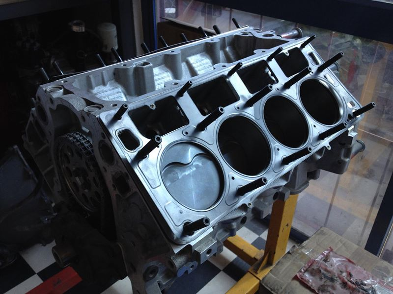engine performance build v8 - brisbane - ol' school garage (3).jpg