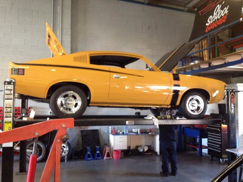 Valiant Charger Restoration Classic Car Muscle Car - Brisbane Queensland - Ol school garage (4).jpg