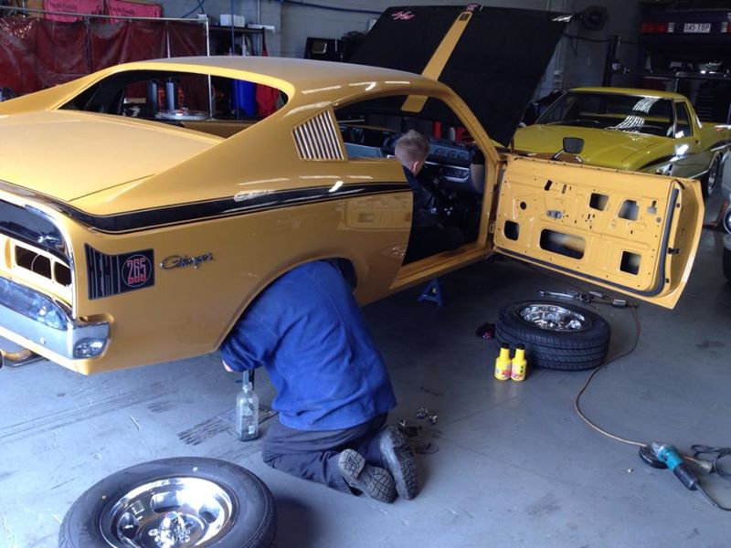 Valiant Charger Restoration Classic Car Muscle Car - Brisbane Queensland - Ol school garage (3).jpg