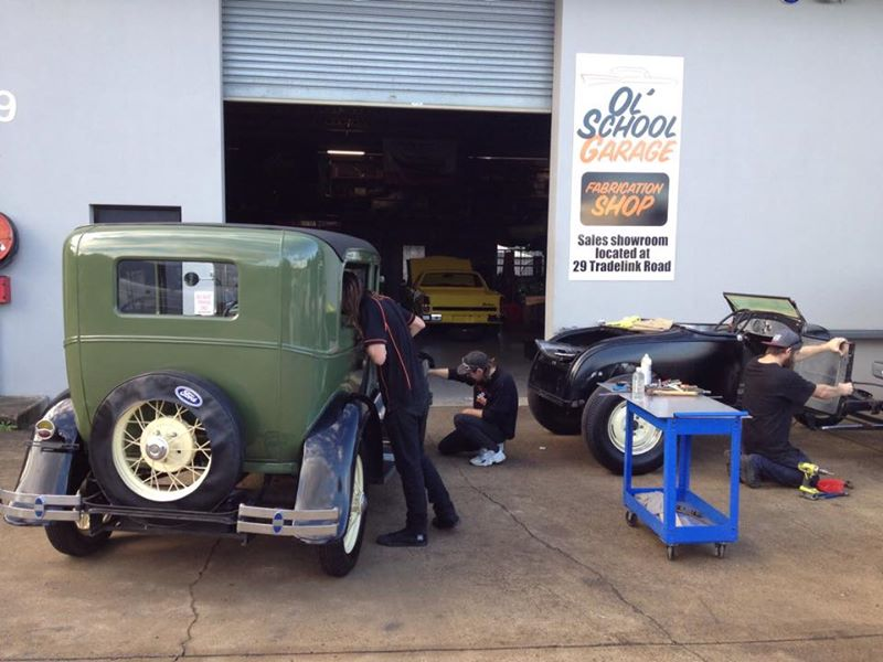 1928 Ford Model A build ol school garage (3).jpg
