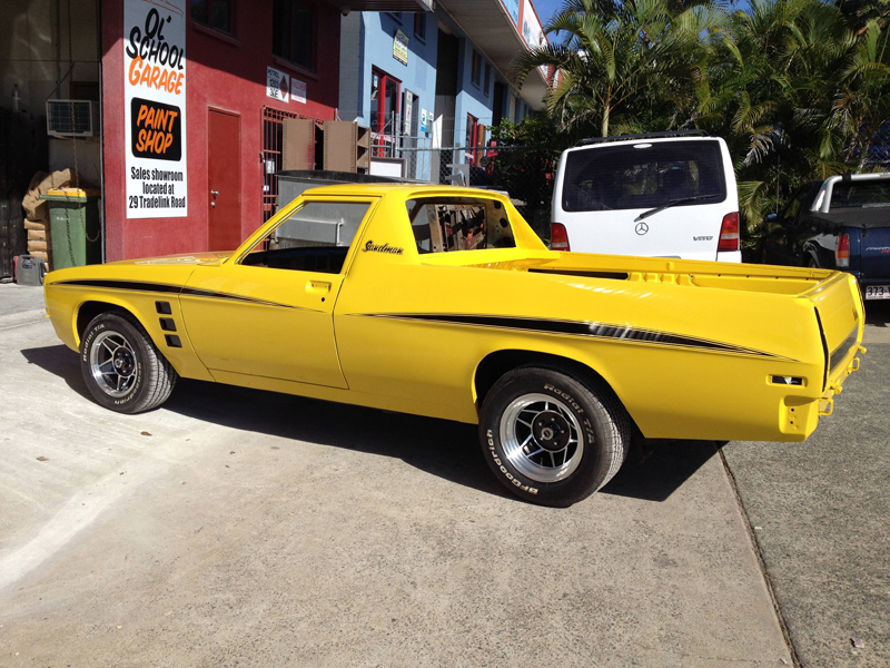 1976 HJ Holden Kingswood Sandman ol school garage restoration (17).jpg