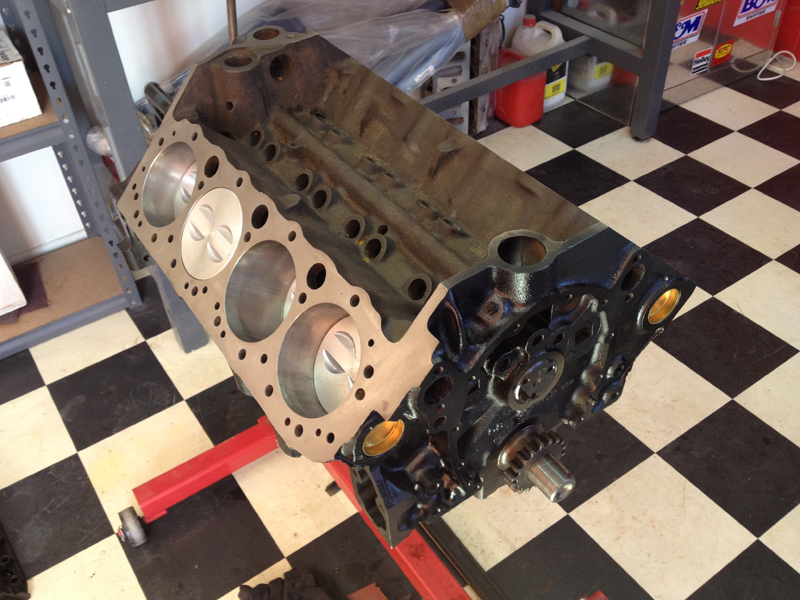 small block chev rebuild 293ci ol school garage (2).jpg