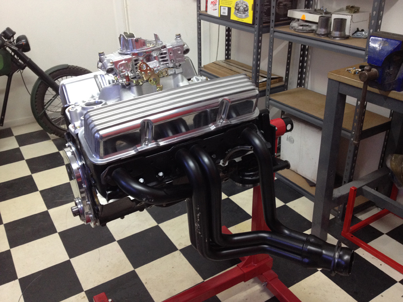 small block chev rebuild 293ci ol school garage (10).jpg