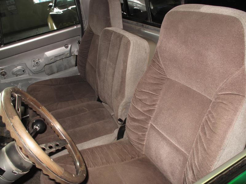 1972 Chevrolet C10 Pickup (37).jpg
