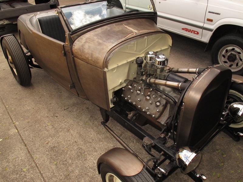1928 Ford Model A Roadster (2).JPG
