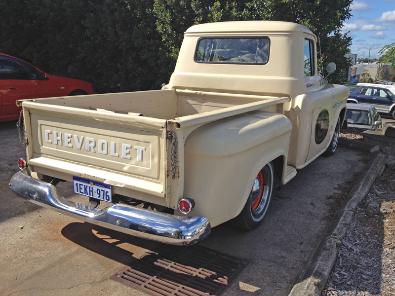 1955 Chevrolet Pickup Trick Restoration - Ol' School Garage (4).jpg