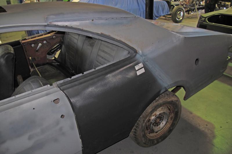 1970 Holden HG Monaro GTS - Ol' School Garage - Restoration (4).jpg