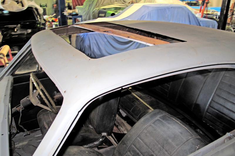 1970 Holden HG Monaro GTS - Ol' School Garage - Restoration (5).jpg